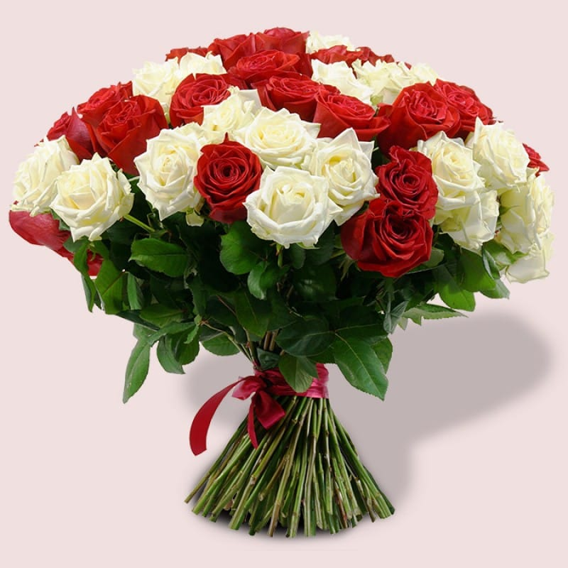 Blooming Roses Bouquet