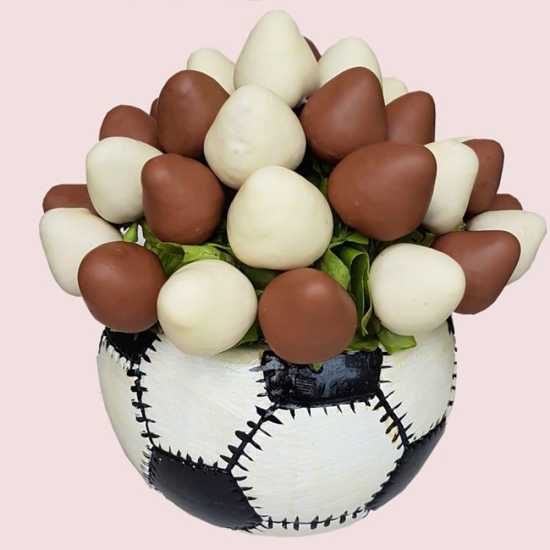 Choco-Ball Strawberry Bouquet
